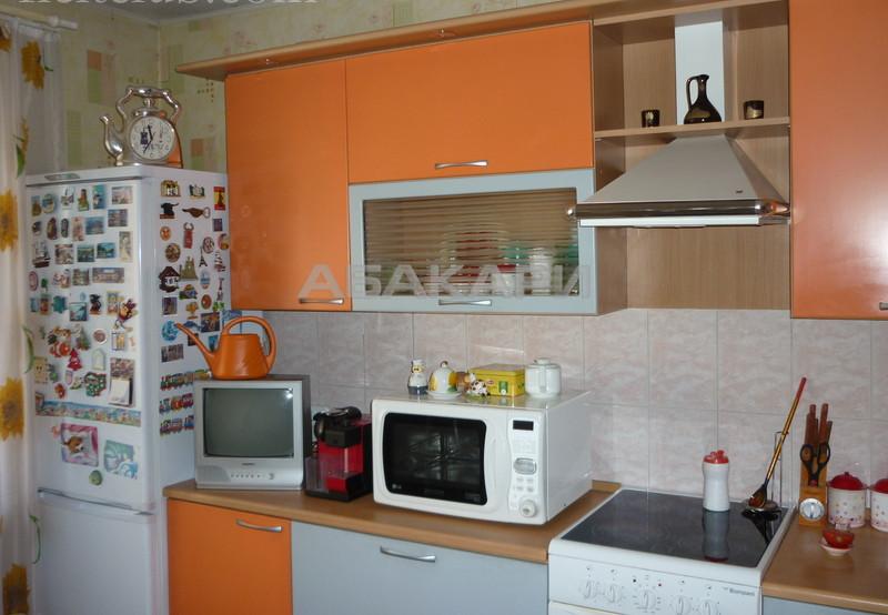 3-комнатная 9 Января Центр за 36000 руб/мес фото 3