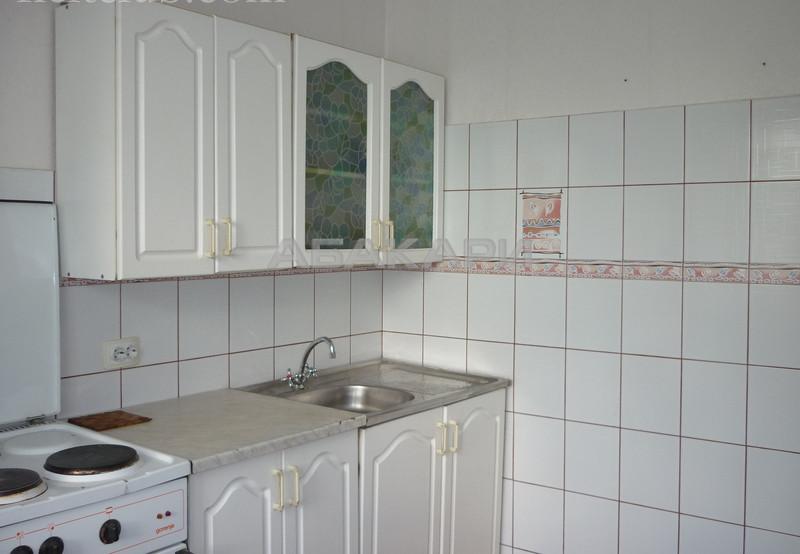 2-комнатная Республики Центр за 18000 руб/мес фото 6