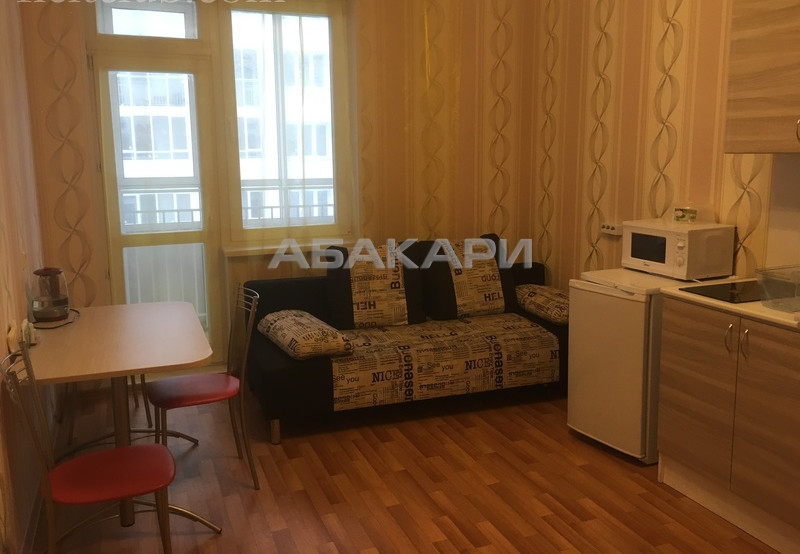 1-комнатная 9 Мая  за 17000 руб/мес фото 1