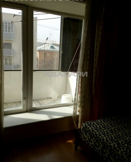 1-комнатная Сурикова Центр за 17000 руб/мес фото 5