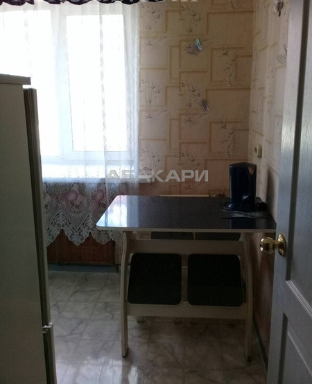 2-комнатная Сурикова Центр за 18000 руб/мес фото 7