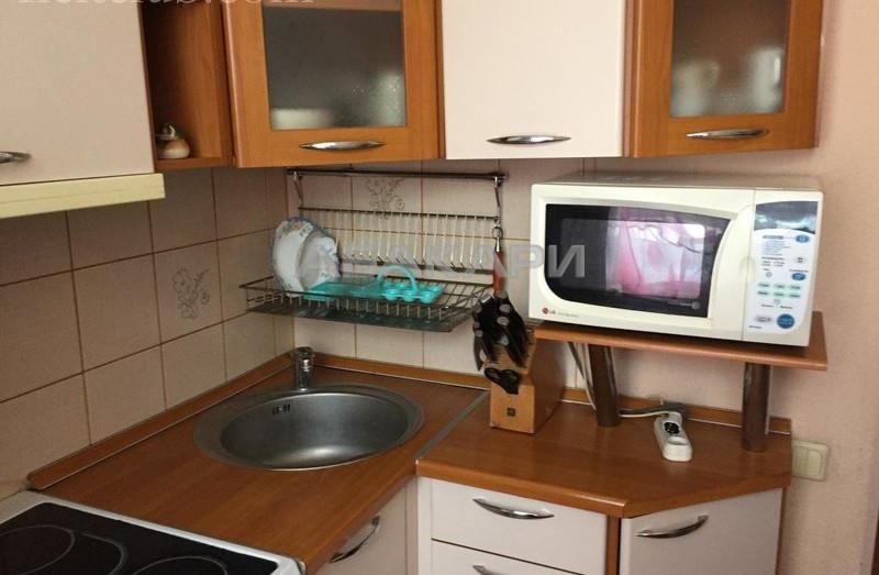 2-комнатная Рейдовая Причал мкр-н за 10000 руб/мес фото 5