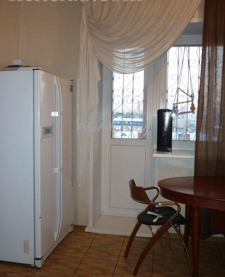 3-комнатная 78-й Добровольческой Бригады Взлетка мкр-н за 45000 руб/мес фото 1