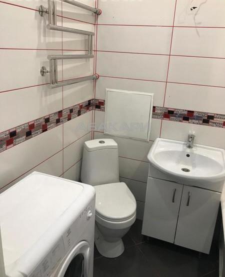 2-комнатная Свободный проспект ГорДК ост. за 17000 руб/мес фото 8