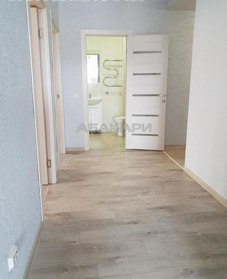 3-комнатная Линейная  за 21000 руб/мес фото 2