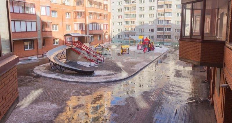 2-комнатная Белопольского Свободный пр. за 23000 руб/мес фото 2