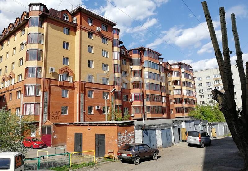 1-комнатная Белопольского Свободный пр. за 18000 руб/мес фото 2