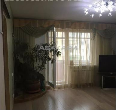 3-комнатная 78 Добровольческой Бригады Взлетка мкр-н за 30000 руб/мес фото 3