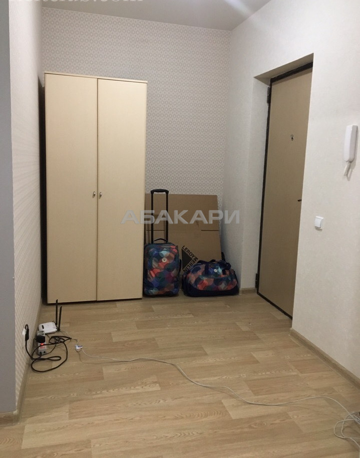 1-комнатная Шахтеров Взлетка мкр-н за 18000 руб/мес фото 4