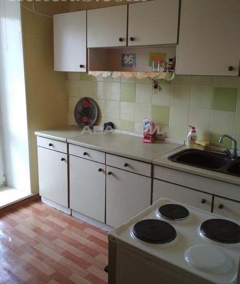 2-комнатная Сурикова Центр за 22000 руб/мес фото 6