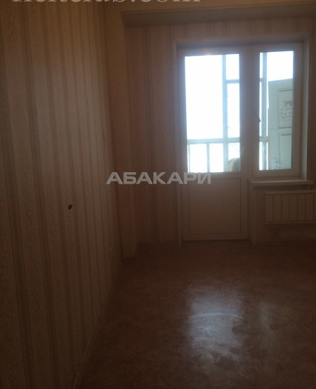 3-комнатная Шахтеров Взлетка мкр-н за 23000 руб/мес фото 1
