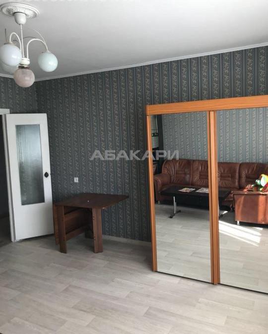 3-комнатная 9 Мая Северный мкр-н за 23000 руб/мес фото 5