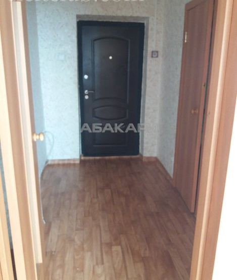 1-комнатная 26 Бакинских комиссаров КрасТЭЦ за 9000 руб/мес фото 3