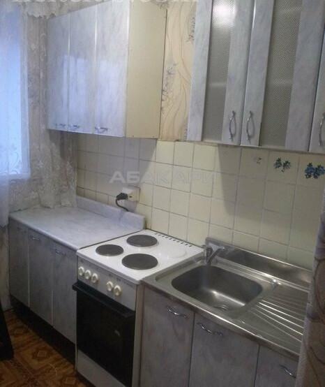 1-комнатная Шахтеров  за 10500 руб/мес фото 9
