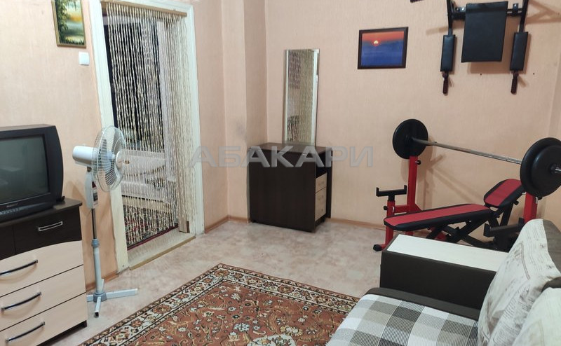 1-комнатная Юности ДК 1 Мая-Баджей за 14000 руб/мес фото 2