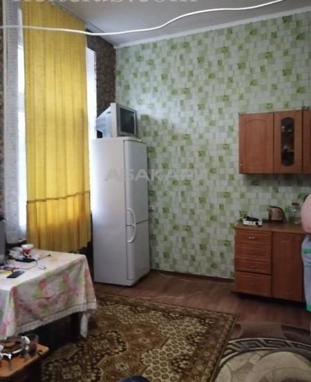 1-комнатная Крупской БСМП ост. за 10000 руб/мес фото 2