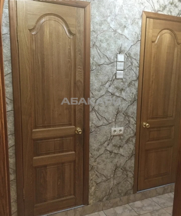 1-комнатная Батурина Взлетка мкр-н за 17000 руб/мес фото 4