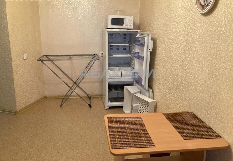 2-комнатная Куйбышева Свободный пр. за 20000 руб/мес фото 9