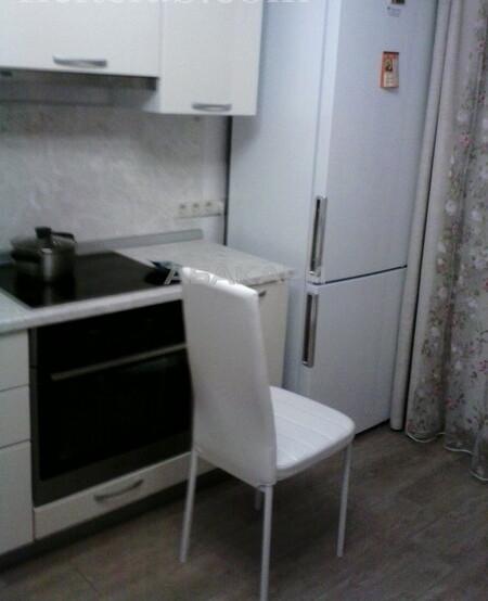 2-комнатная 2-я Огородная Студгородок ост. за 30000 руб/мес фото 1