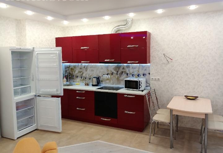 2-комнатная Петра Ломако  за 25000 руб/мес фото 5