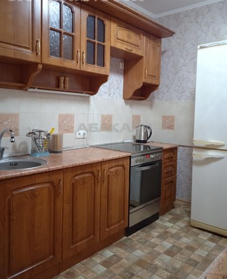 2-комнатная Ады Лебедевой Центр за 24000 руб/мес фото 3