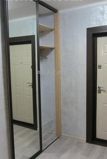 1-комнатная Сурикова Центр за 17500 руб/мес фото 9