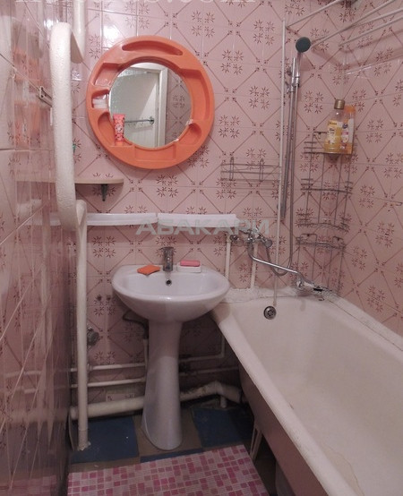2-комнатная Республики Центр за 16000 руб/мес фото 12