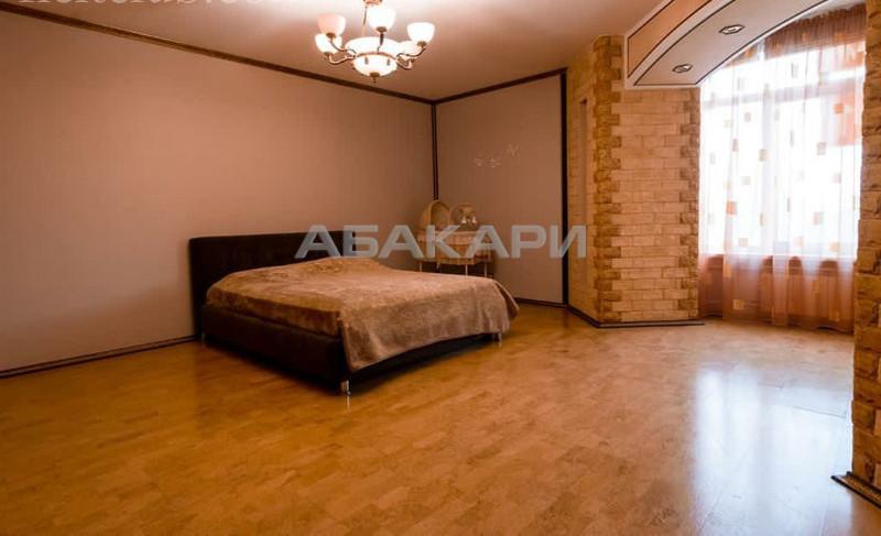 4-комнатная Красная площадь Центр за 110000 руб/мес фото 2