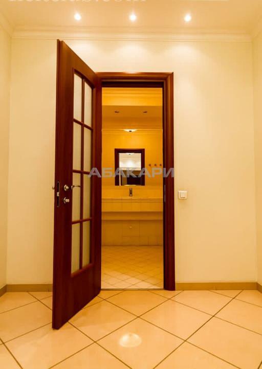 4-комнатная Красная площадь Центр за 110000 руб/мес фото 11