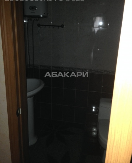 3-комнатная Декабристов Центр за 45000 руб/мес фото 1