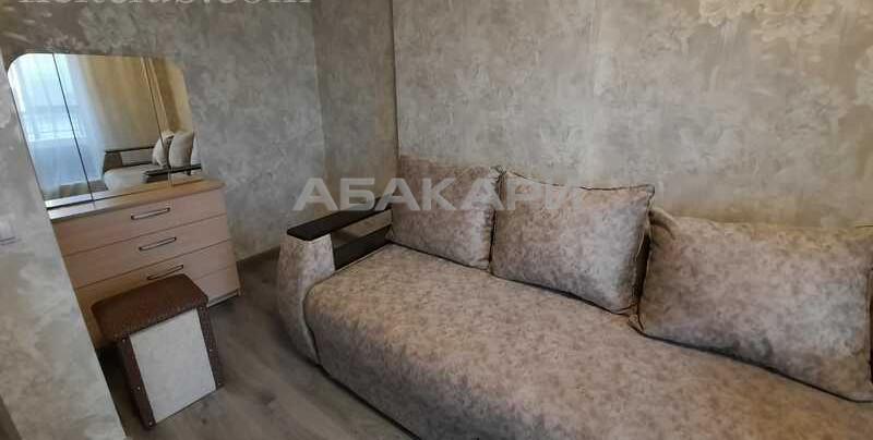 3-комнатная 78 Добровольческой Бригады Планета ост. за 45000 руб/мес фото 3