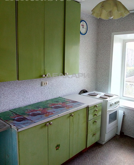 3-комнатная Сурикова Центр за 25000 руб/мес фото 3